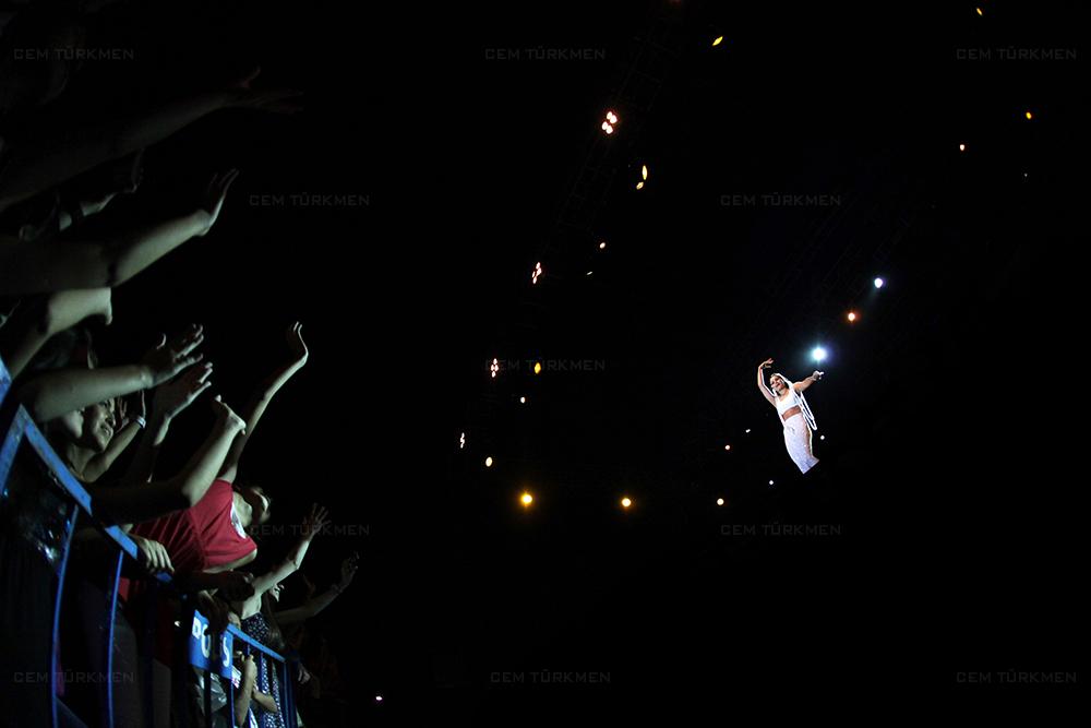 Atiye Concert Photograph