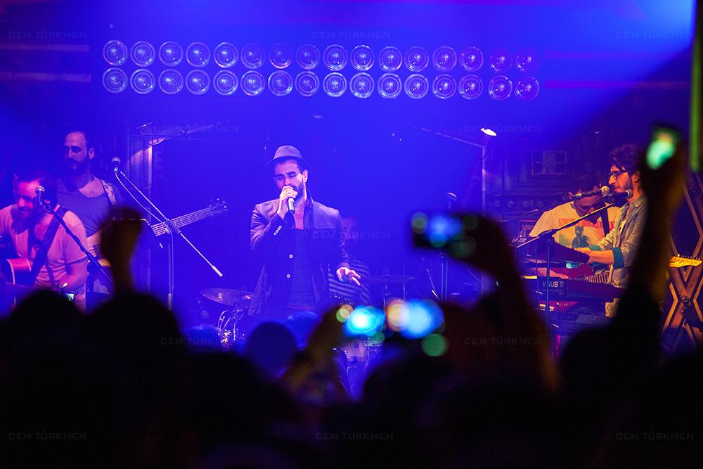 Gokhan Turkmen Concert Photograph