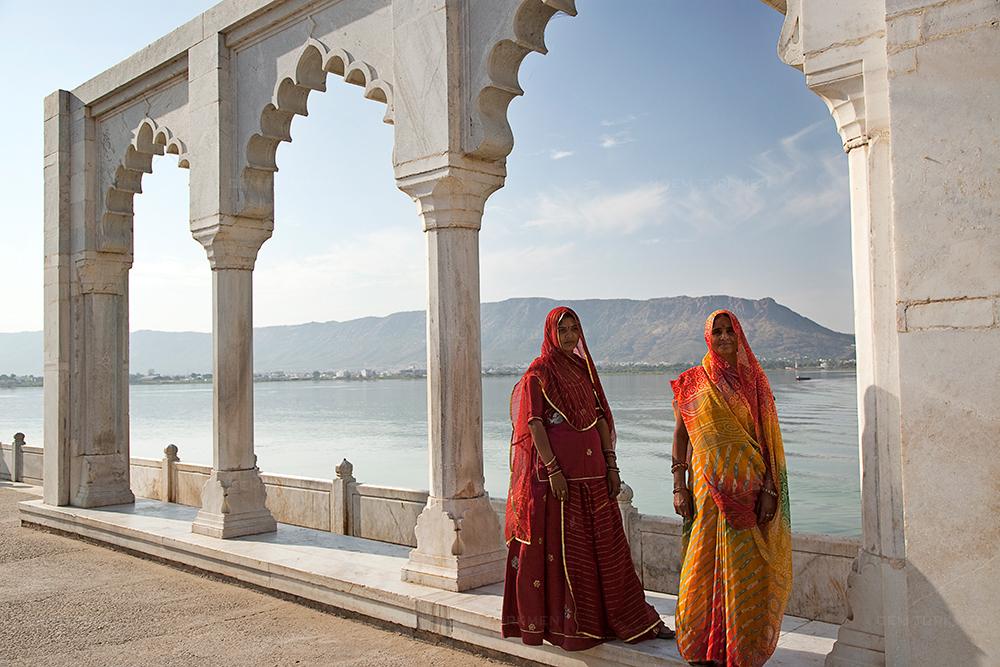 india-ajmer-women